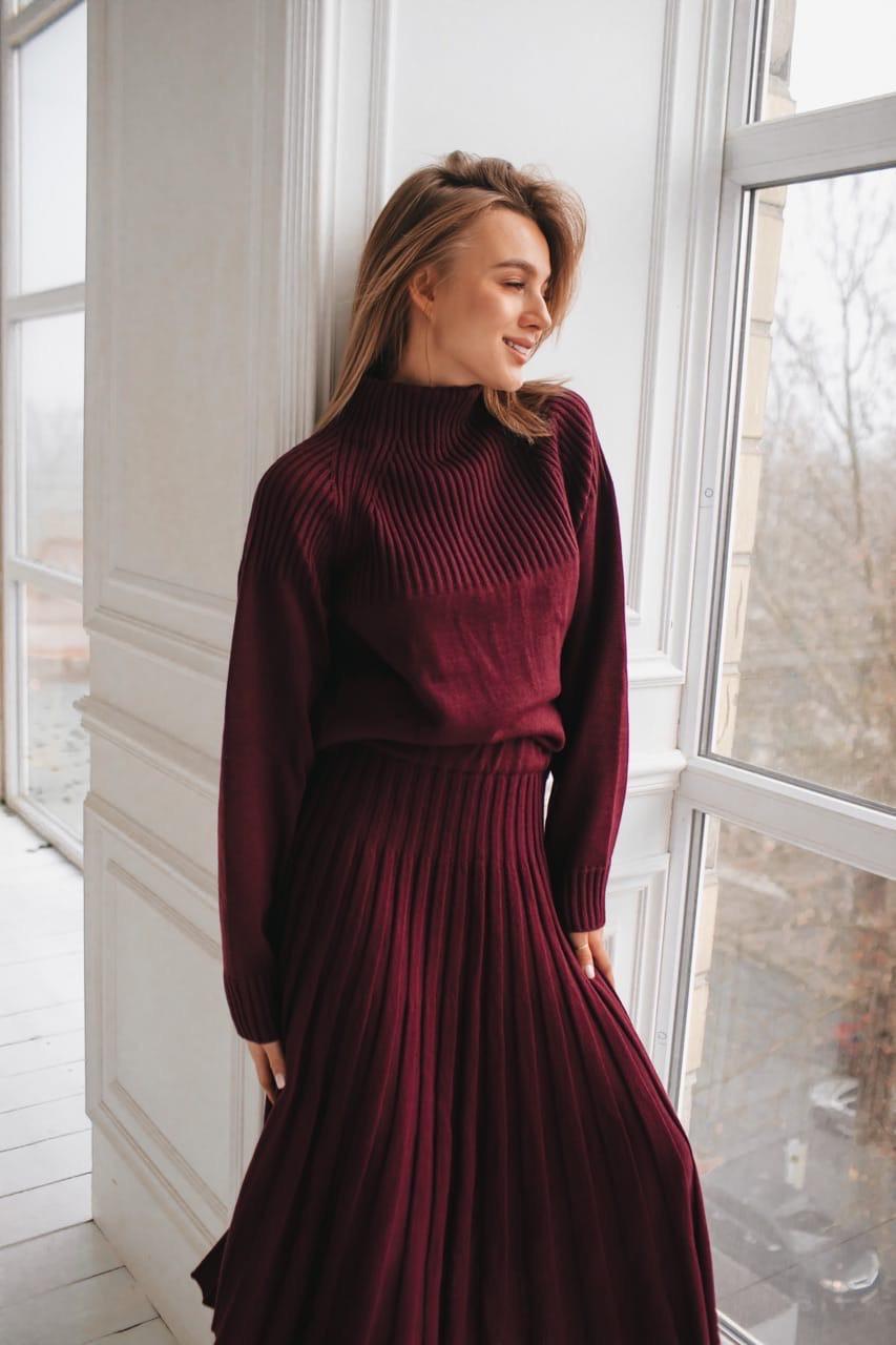 """Очень красивый вязаный костюм : юбка плиссе и объемный свитер """"Джули"""". Разные цвета.  (10979)"""