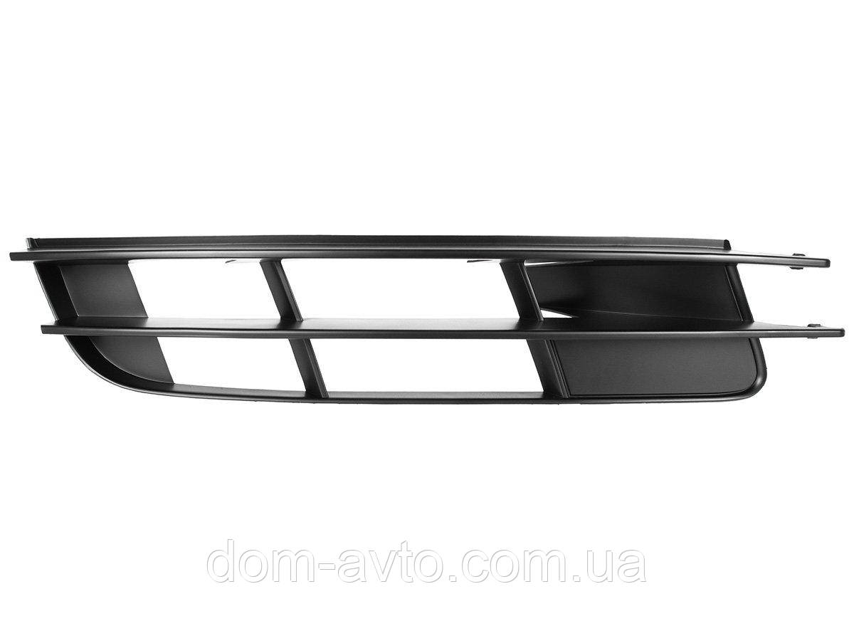 Заглушка в передний бампер Audi Q7 05-10