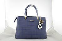 Женская синяя сумка с брелком держит форму из эко кожи, фото 1