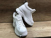 Женские зимние ботинки кроссовки из натуральной кожи ,белые
