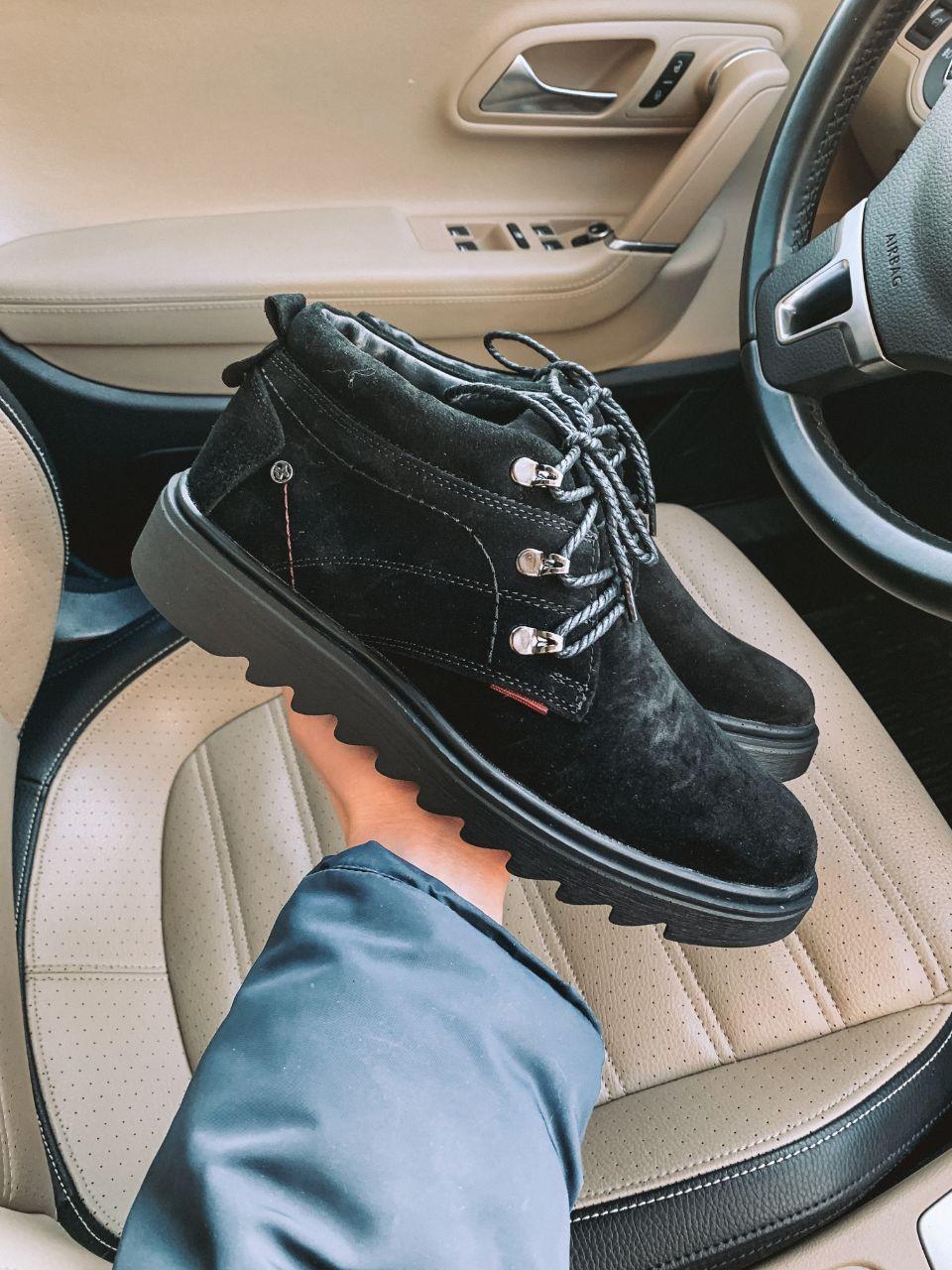 Чоловічі зимові черевики чорні замша Lg3