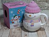 Новогодняя чашка с крышкой Снеговик розовый 300 мл, фото 3