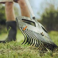Грабли для уборки листьев Fiskars Xact™(Softgrip) L  (1027037)