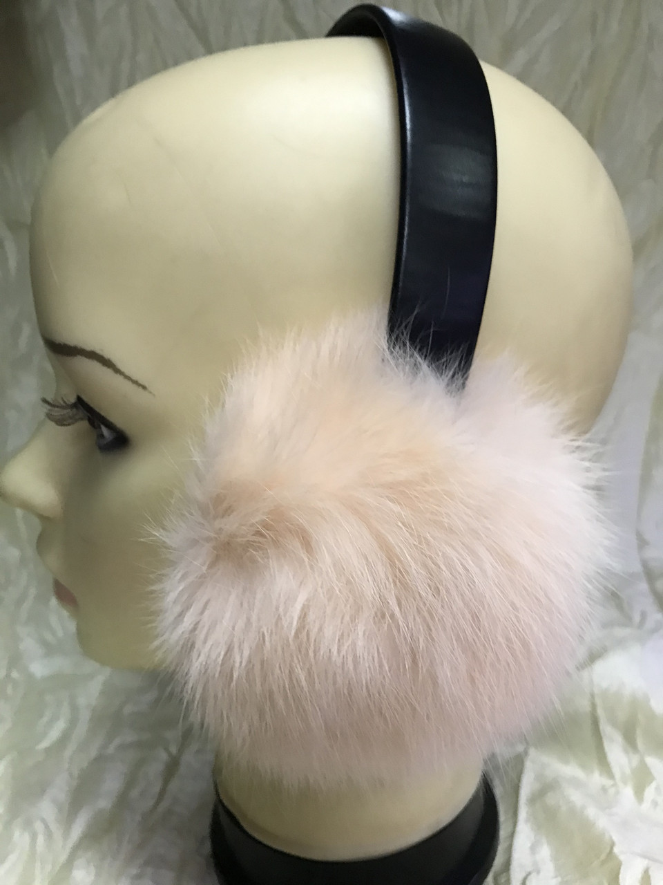 Навушники з хутра кролика колір персик