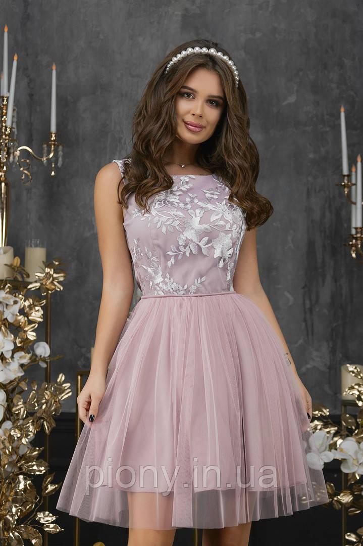 Женское Платье с гипюром и габардином