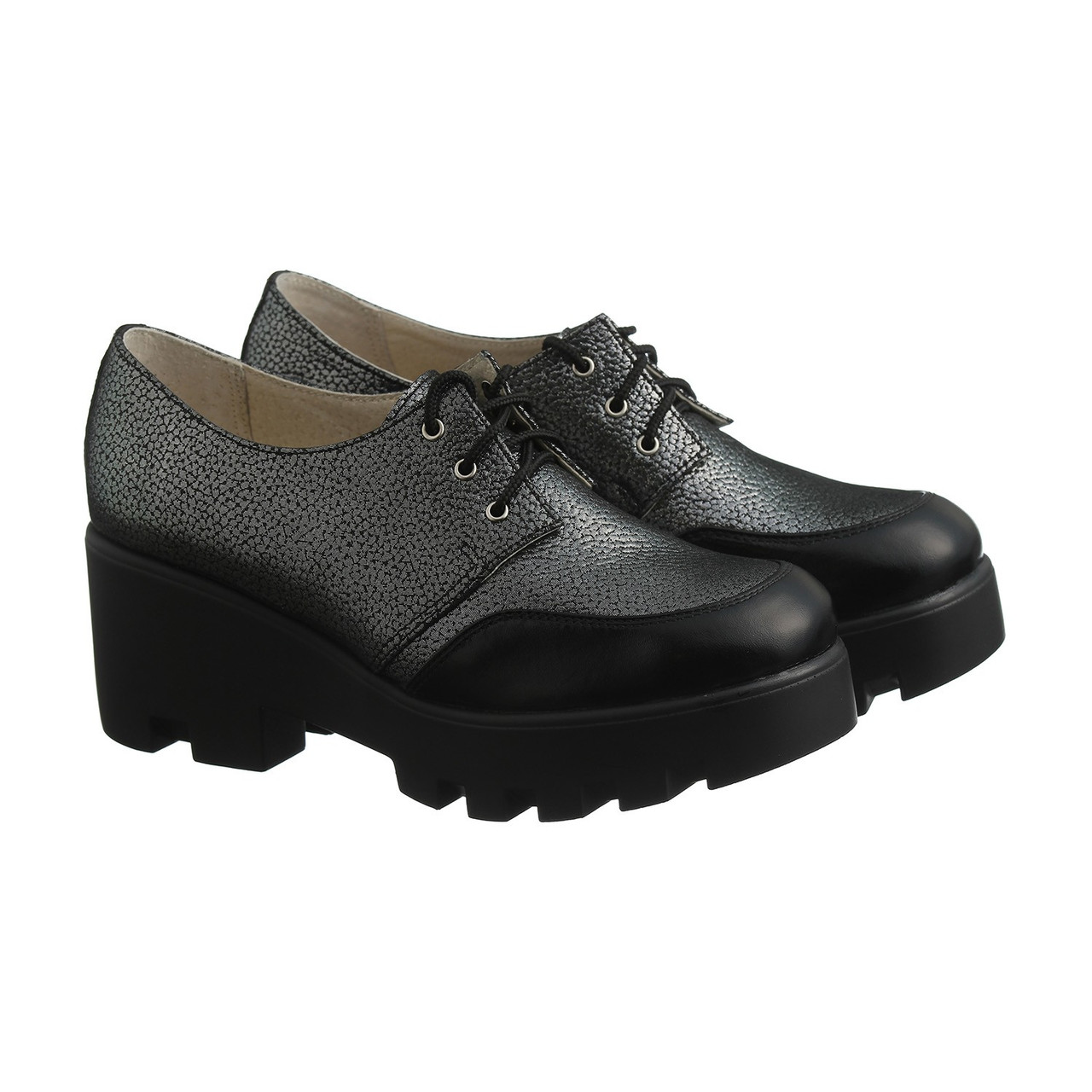 VM-Villomi Серые кожаные туфли с лаковым носиком на танкетке