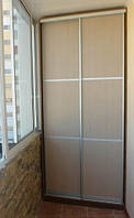 Встроенный шкаф-купе на балкон