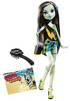 Monster High кукла Фрэнки Штейн из серии Мрачный пляж Gloom Beach Frankie Stein Doll