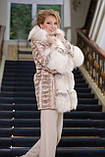 Шуба кожушок з лобіков норки з обробкою з полярної лисиці sculptured mink fur coat with polar fox fur trim, фото 3