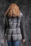 Жилет из чернобурки SAGA с отстегивающимся подолом Silver fox fur vest gilet sleeveless, фото 7