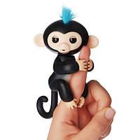 WowWee Fingerlings Интерактивная ручная обезьянка черная Interactive Finn Baby Monkey