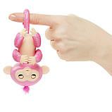 WowWee Fingerlings Блестящая интерактивная ручная обезьянка Glitter Rose Baby Monkey Interactive, фото 5