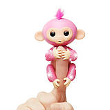 WowWee Fingerlings Блестящая интерактивная ручная обезьянка Glitter Rose Baby Monkey Interactive, фото 7