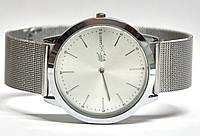 Часы на браслете4010101