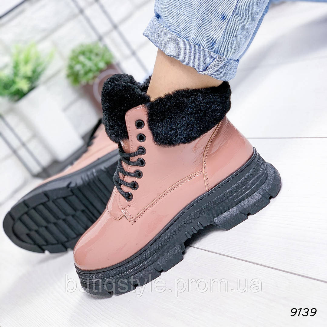 37,38,41 размер Зимние ботинки пудра эко - лак на платформе