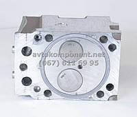 Головка блока КАМАЗ в сборе с клапаном и стойкой коромысла (производство КамАЗ) (арт. 740.1003010-20), AHHZX