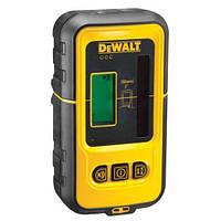 Мишень-лучеуловитель DeWALT (красный лазер), питание 9.0В, LCD дисплей, диапазон работы 50м, шт