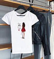 Прикольная женская футболка