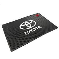 Автомобильный коврик липучка Toyota