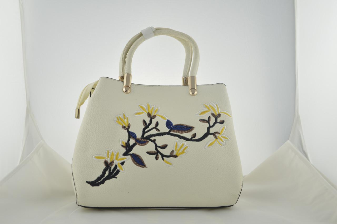 Стильная белая женская сумка с вышивкой из эко кожи