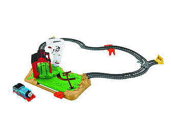 Fisher-Price Thomas & Friends TrackMaster Twisting Tornado Торнадо  ( Железная дорога Томас и Друзья Торнадо )
