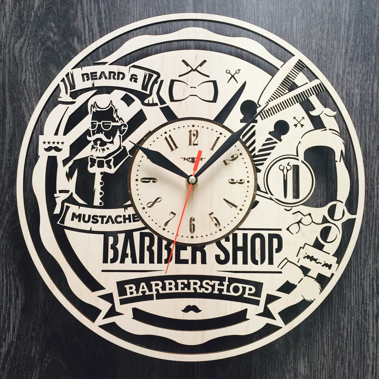 Дизайнерские настенные часы из дерева 7Arts Мужская парикмахерская CL-0005