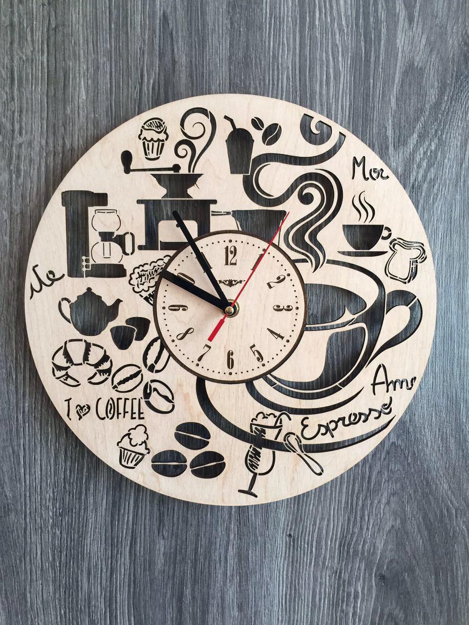 Годинники з дерева на стіну 7Arts Час для кави CL-0130