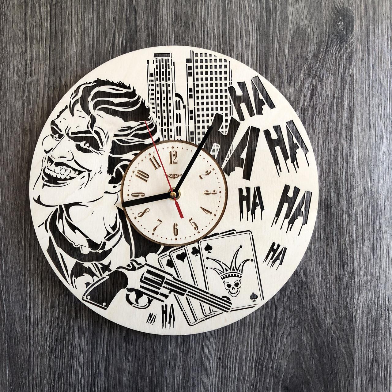 Деревянные настенные часы Джокер CL-0261