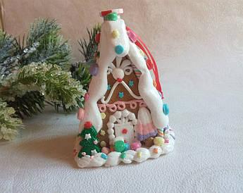 Новогодний декор- пряничный домик