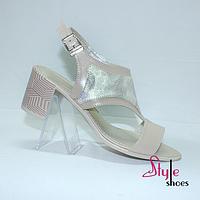 Босоножки женские на стильном каблуке