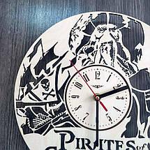 Часы круглые настенные из дерева Пираты Карибского моря CL-0224, фото 3