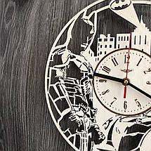 Настенные часы из дерева с плавным ходом Бэтмен CL-0260, фото 2