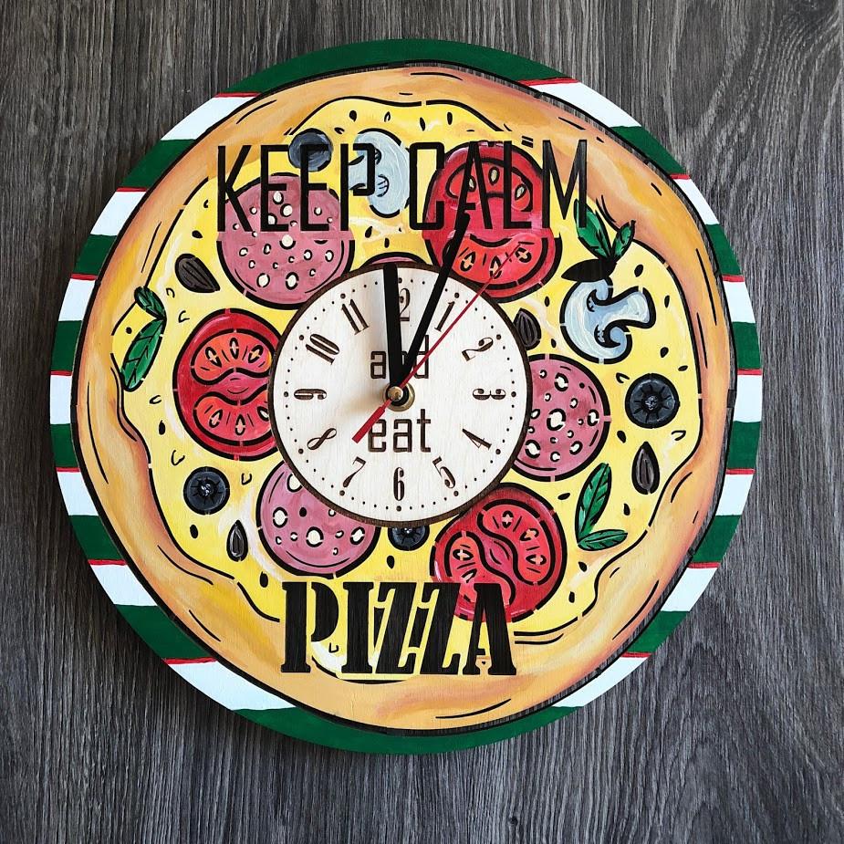 Деревянные цветные настенные часы из дерева Пицца CL-0266