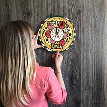 Деревянные цветные настенные часы из дерева Пицца CL-0266, фото 3