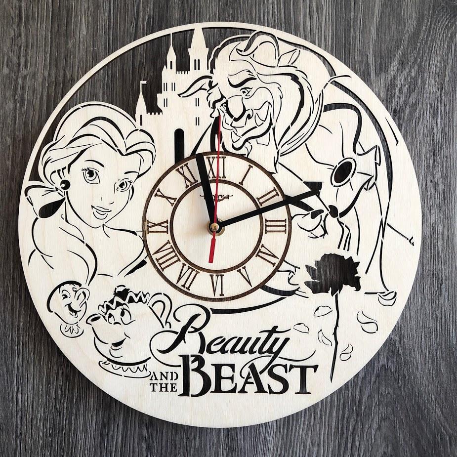 Круглые оригинальные настенные часы из дерева Красавица и чудовище CL-0271