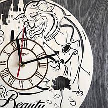 Круглые оригинальные настенные часы из дерева Красавица и чудовище CL-0271, фото 3