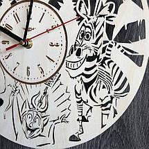Бесшумные настенные часы из дерева в детскую Мадагаскар CL-0285, фото 3
