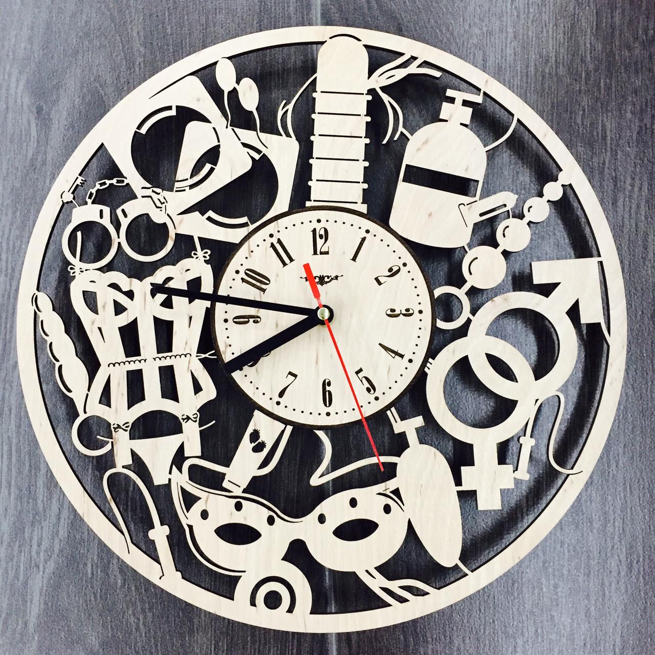 Часы настенные дизайнерские 7Arts 18+Для двоих CL-0091