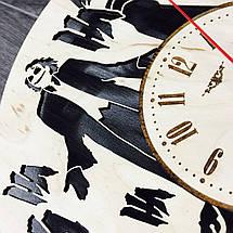 Часы настенные круглые с дизайнерским циферблатом 7Arts Джокер CL-0096, фото 3