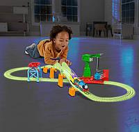 Моторизированная железная дорога Томас и друзья Ночная доставка Гипер свечение  TrackMaster