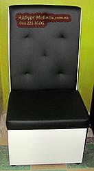 Крісло з втяжки в спинці 600х600х1200