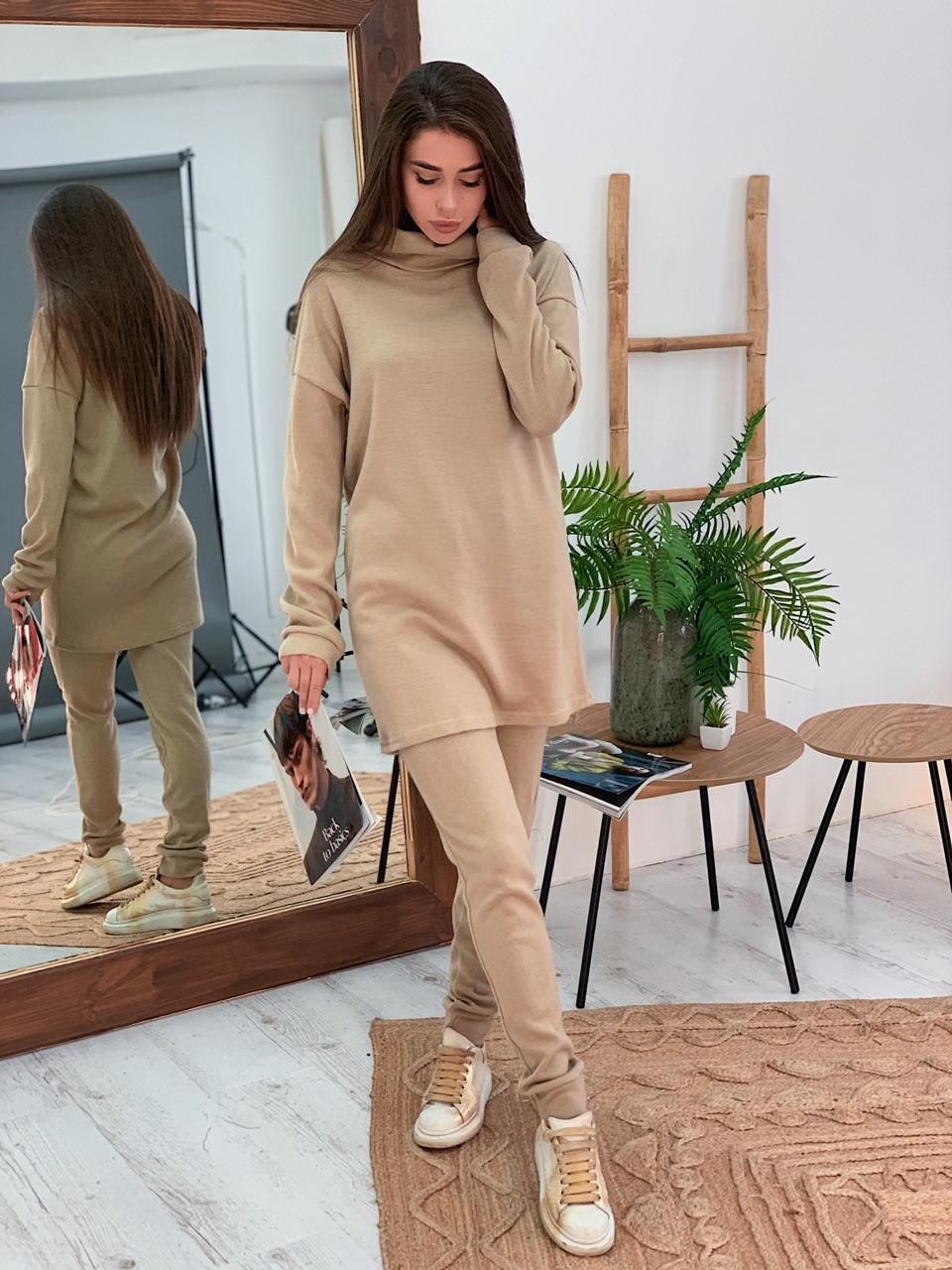 Ангоровый женский брючный костюм с удлиненной кофтой vN5716