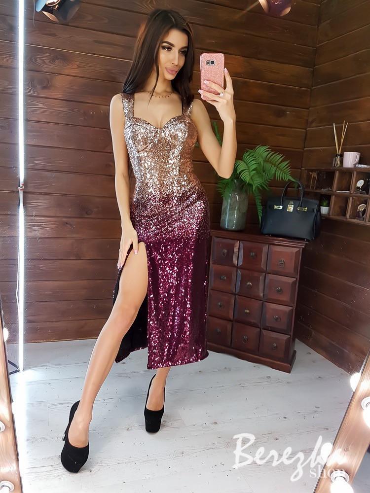 Платье бюстье из пайетки с градиентом на бретелях и разрезом на ноге vN5792