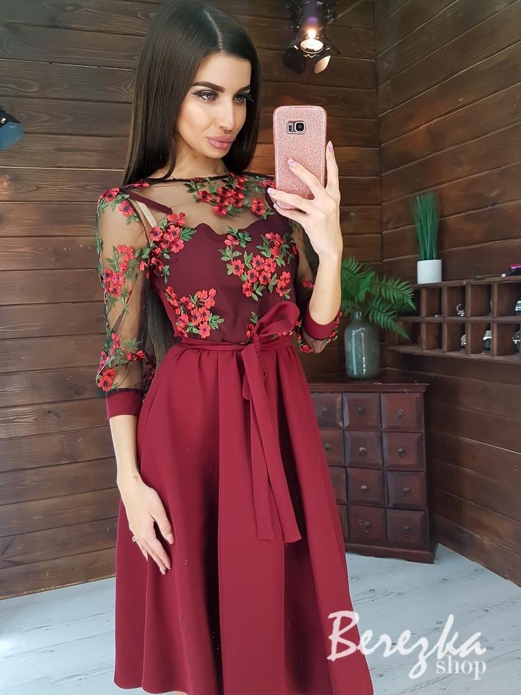 Платье миди с пышной юбкой и кружевным верхом с рукавом 3/4 vN5840
