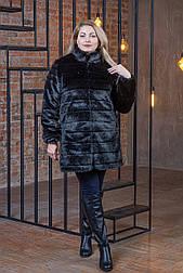 Черная женская шуба в больших размерах из искусственного меха с воротником - стойкой vN5911