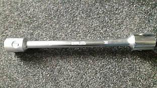 Ключ балонный для грузовика 27*32*395mm