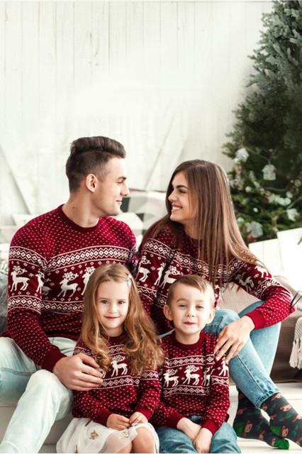 Рождественские свитера для женщин, мужчин и детей