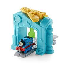 Thomas & Friends набір Томас і друзі Запуск робота Adventures Thomas' Robot Launcher