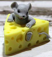 Мыло ручной работы Мышка в сыре