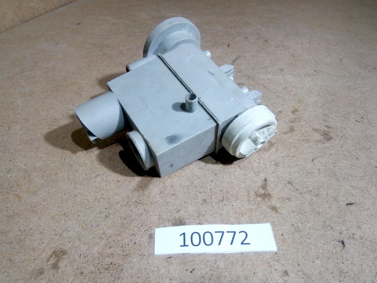 Корпус фільтра насоса з пробкою Zanussi TA1033V. Б/У
